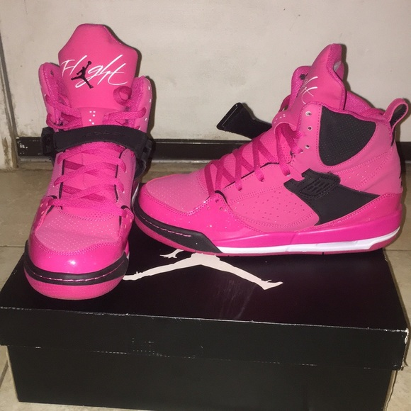 more photos 94ff7 01501 Jordan Shoes - Jordan flight 45 pink and black sneaker youth 6.5